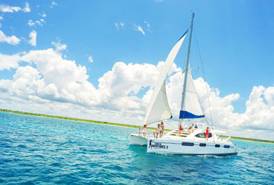 Tours in Cancún and Riviera Maya Luxury Sailing & Snorkeling