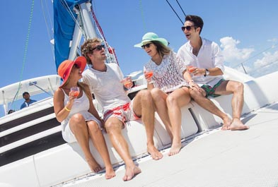 Tours in Cancún and Riviera Maya Isla Mujeres Luxury Saling - CUN