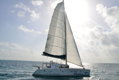 Tours in Cancún and Riviera Maya Albatros Plus Sailing Tour to Isla Mujeres